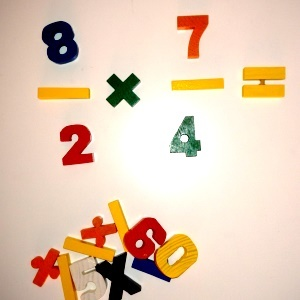 numeros y fracciones de madera